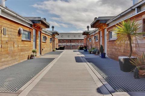 1 bedroom duplex to rent - Merchants Quay, Gloucester Docks