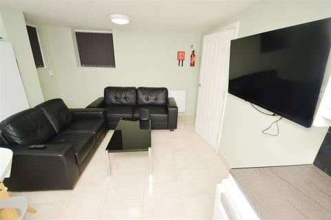 6 bedroom apartment to rent - AMERHERST ROAD