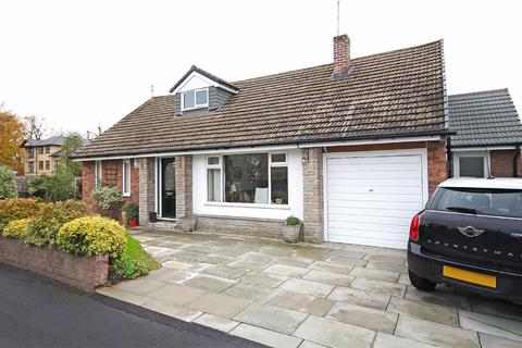 4 bedroom detached house for sale - Raglan Drive, Timperley, Cheshire