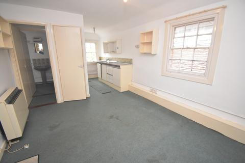 Studio to rent - Hall Street, Long Melford