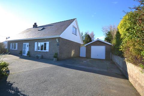 4 bedroom detached bungalow for sale - Ferwig