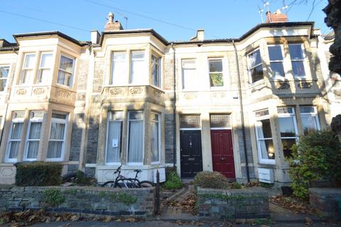 5 bedroom house to rent - Sefton Park Road, St Andrews