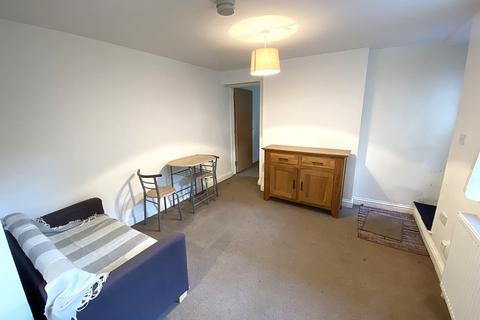2 bedroom ground floor flat to rent - Osborne Road, Southsea
