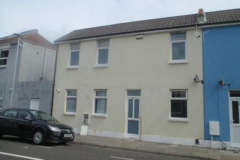 2 bedroom terraced house to rent - Hudson Road, Southsea