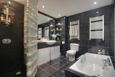 2 bedroom apartment to rent - Ludgate Lofts Apartments, 17 Ludgate Hill