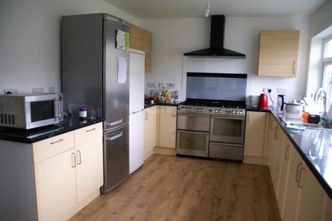6 bedroom detached house to rent - Ingham Grove, Lenton NG7 2LQ