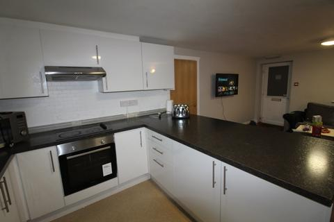 6 bedroom flat to rent - Rhymney Terrace, Cathays, Cardiff