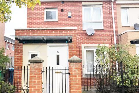 3 bedroom semi-detached house to rent - Warde Street, Manchester, M15