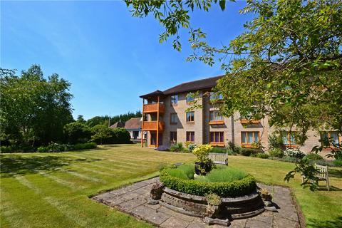 2 bedroom apartment to rent - Brooklands Court, Brooklands Avenue, Cambridge, Cambridgeshire, CB2