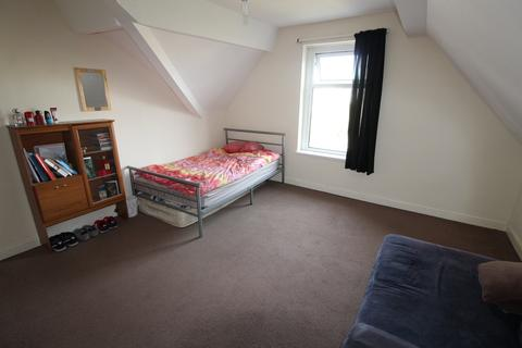 4 bedroom flat to rent - Gordon Road, Roath, Cardiff