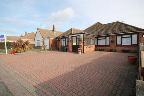 3 bedroom detached bungalow for sale - Burrs Road, CLACTON-ON-SEA