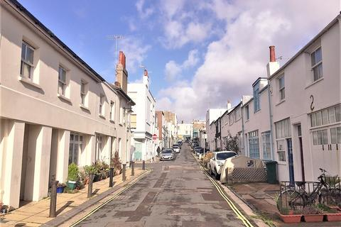 2 bedroom flat for sale - Hove, East Sussex