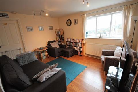 2 bedroom apartment for sale - Ideal For The Commuter, Luton
