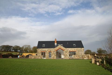 3 bedroom cottage for sale - Penmynydd, Anglesey