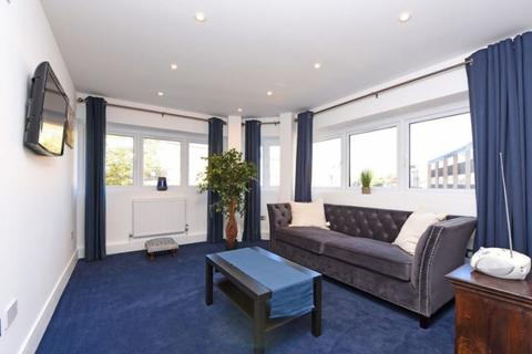 1 bedroom apartment to rent - Woodley, Reading