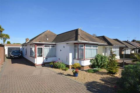 2 bedroom detached bungalow for sale - Bromstone Road, Broadstairs, Kent