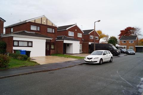 3 bedroom semi-detached house to rent - Winchester Drive, Stockport, SK4