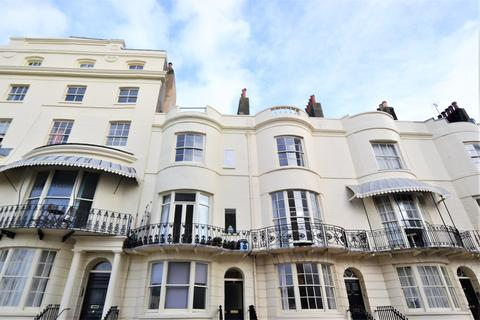 3 bedroom apartment for sale - Regency Square, Brighton, BN1