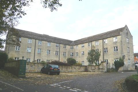 2 bedroom apartment for sale - Stone Manor, Bisley Road