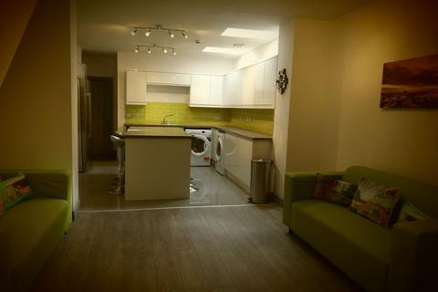 8 bedroom house to rent - Tiverton Road, 8 Bed Student Home