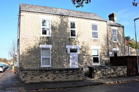 4 bedroom terraced house to rent - Beche Road, Cambridge, Cambridgeshire, CB5