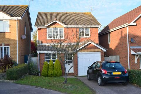 3 bedroom detached house for sale - Haughley Drive, Rushmere St Andrew