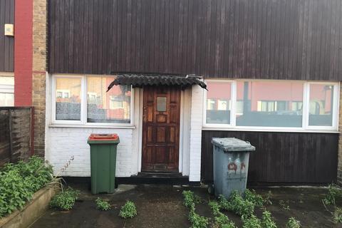 4 bedroom terraced house to rent - malmesbury terrace E16