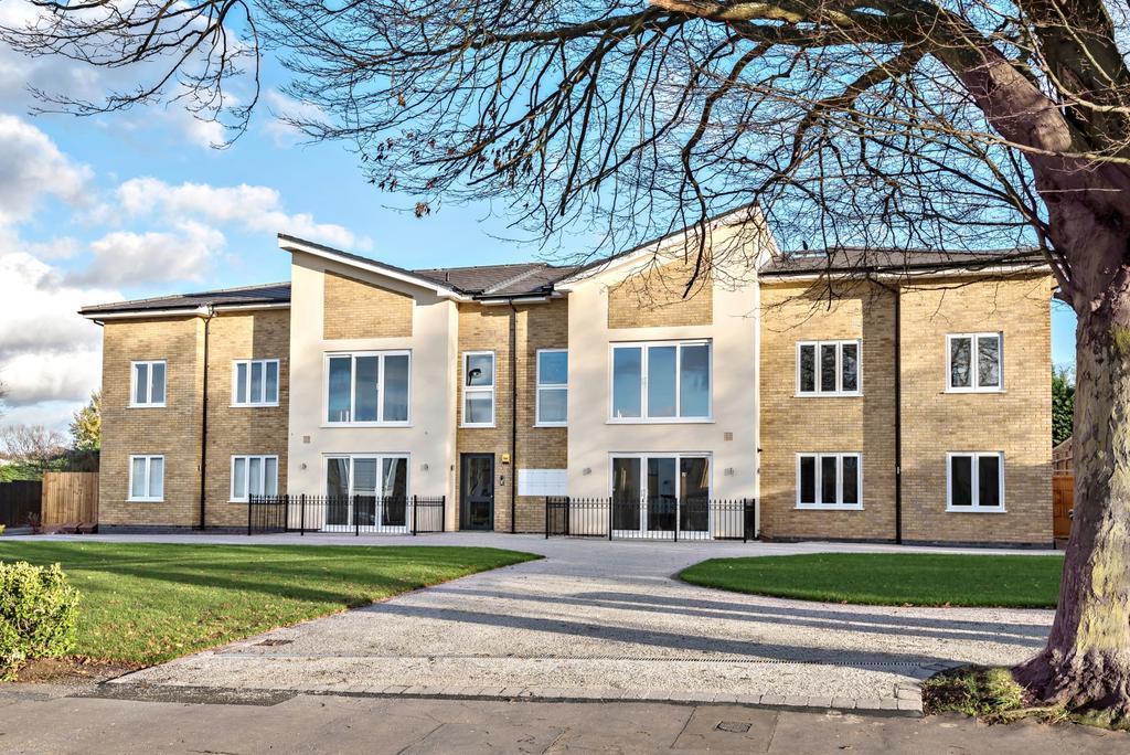 Orchard Way Croydon CR0 2 bed flat - £419,995