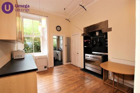 3 bedroom flat to rent - Temple Park Crescent, Polwarth, Edinburgh, EH11