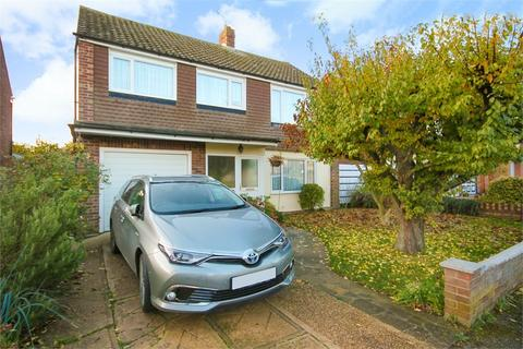 6 bedroom detached house for sale - Galloway Drive, LITTLE CLACTON