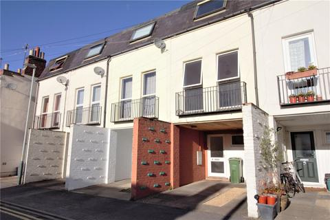 3 bedroom terraced house to rent - Clare Court, Clare Street, Cheltenham, GL53