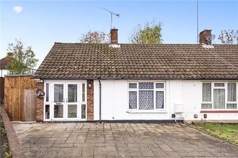 1 bedroom bungalow for sale - Ellement Close, Pinner, HA5
