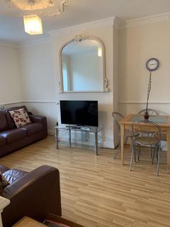 3 bedroom flat for sale - Ellsworth Street, Bethnal Green E2