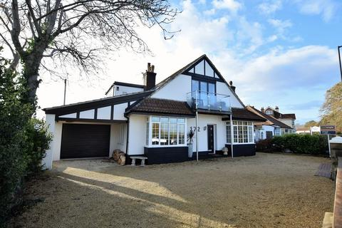 4 bedroom detached house for sale - Immediate to Clevedon Seafront