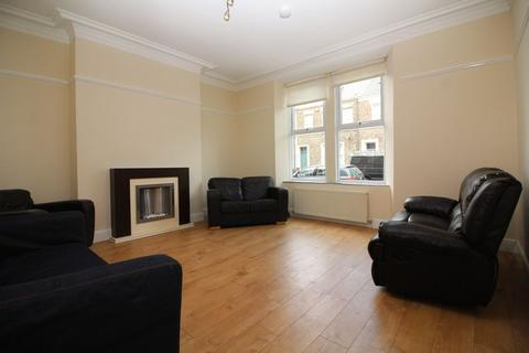 6 bedroom terraced house to rent - Chester Street, Newcastle Upon Tyne