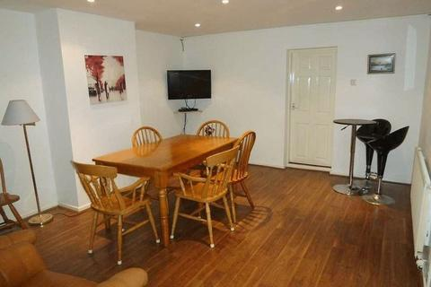 6 bedroom house share to rent - Monks Road, Lincoln