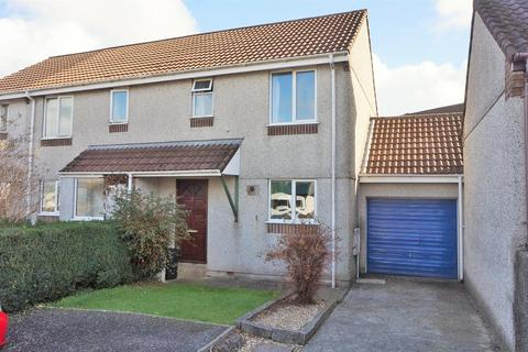 2 bedroom semi-detached house for sale - Martins Close, Liskeard
