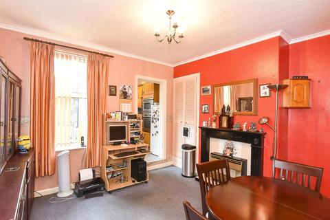 2 bedroom terraced house for sale - Huntington Road, York