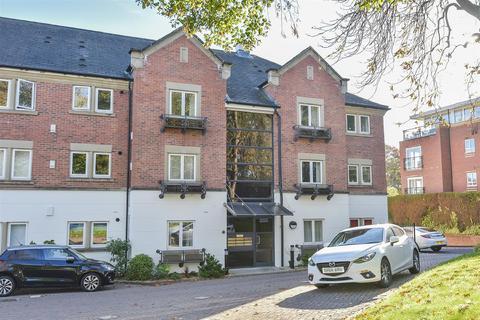 2 bedroom flat to rent - Riverside Lodge, Bishopthorpe Road, York