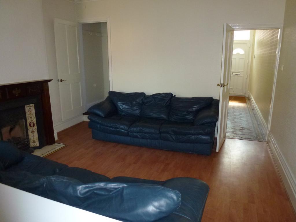 P1010390 lounge