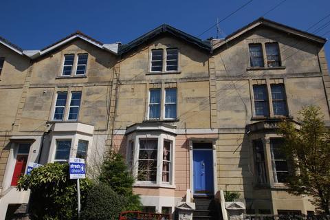 1 bedroom apartment to rent - Top floor one bedroom flat, Eastfield Road, Cotham, Bristol