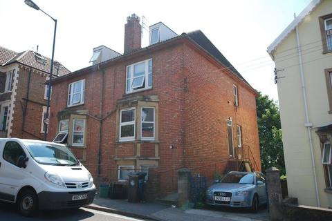 6 bedroom semi-detached house to rent - Cromwell Road, Bristol