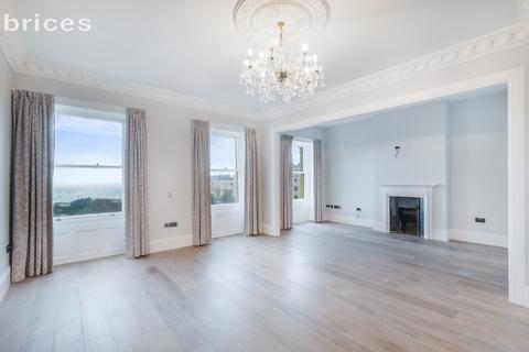 3 bedroom flat for sale - Brunswick Square, Hove, BN3