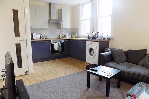 3 bedroom apartment to rent - *NO STUDENT FEES 2020* Aylward Street, Portsmouth