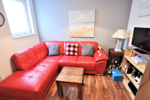 5 bedroom flat to rent - The Strand, City Centre, Swansea