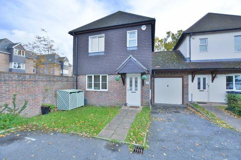 3 bedroom link detached house for sale - Holly Close, West Moors