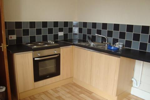 2 bedroom flat to rent - Castle Road, Southsea