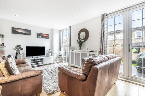 2 bedroom terraced house for sale - Hanson Close, Balham