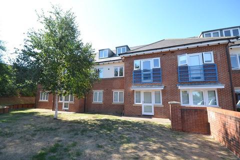2 bedroom apartment to rent - Emmer Green