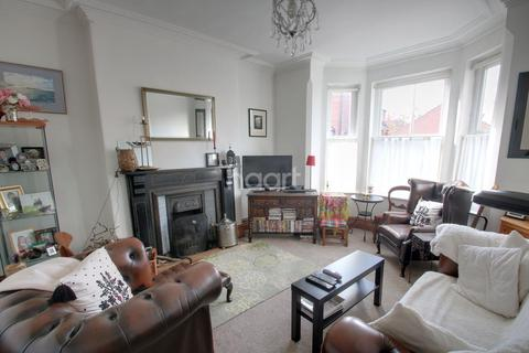 4 bedroom semi-detached house for sale - Melbourne Road, West Bridgford, Nottinghamshire